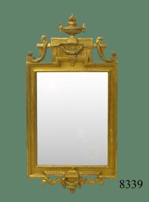 Espejo de talla dorado con oro fino Sueco, firmado y sellado. Fechado 1779 Carl Gustaf Fyrwald, 1774 - 1816