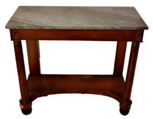 Consola Imperio de madera de caoba con aplicaciones de bronce y sobre de mármol. C. 1800