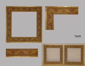 Pareja de Marcos dorados con dibujos de orlas, S.XVIII