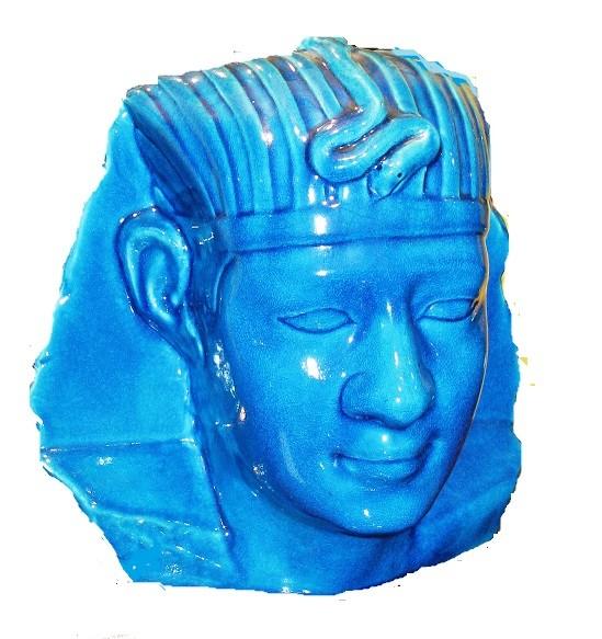 Figura cerámica vitrificada representando a Ramses. Modernista, C. 1900