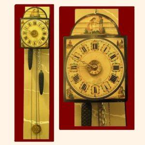Reloj de pared Holandés de madera, agujas de bronce y esfera pintada con dos niños jaula en mano. C.1820