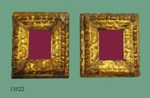 Pareja de Marcos de talla, dorados. S. XVII