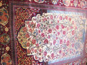 Alfombra kashan Oración Antigua. Medidas: 198 x 132 cm