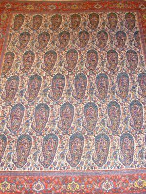 Сенне Антигуа ковер. Размеры: 137 x 191 см.